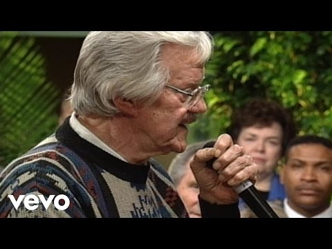 The Lord Still Lives in This Old House [Live] - J.D. Sumner and The Stamps Quartet