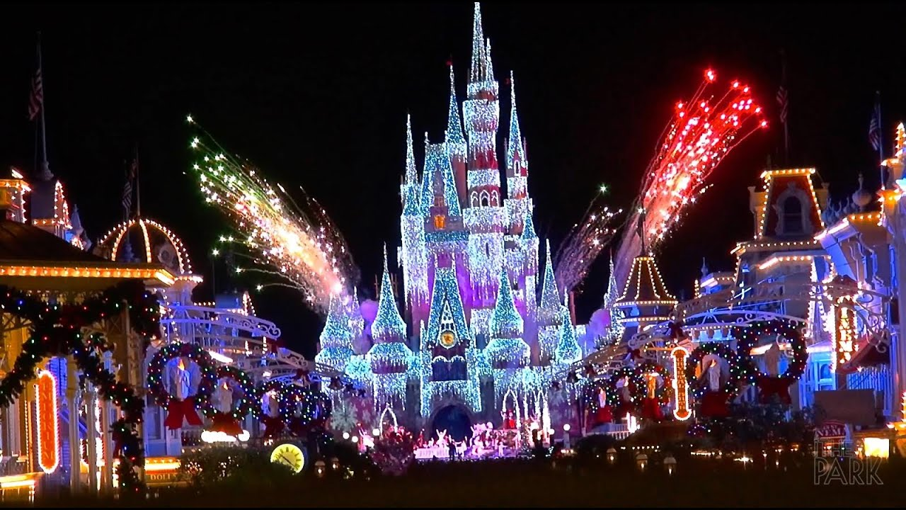mickeys very merry christmas party at the magic kingdom walt disney world 2014 event overview youtube