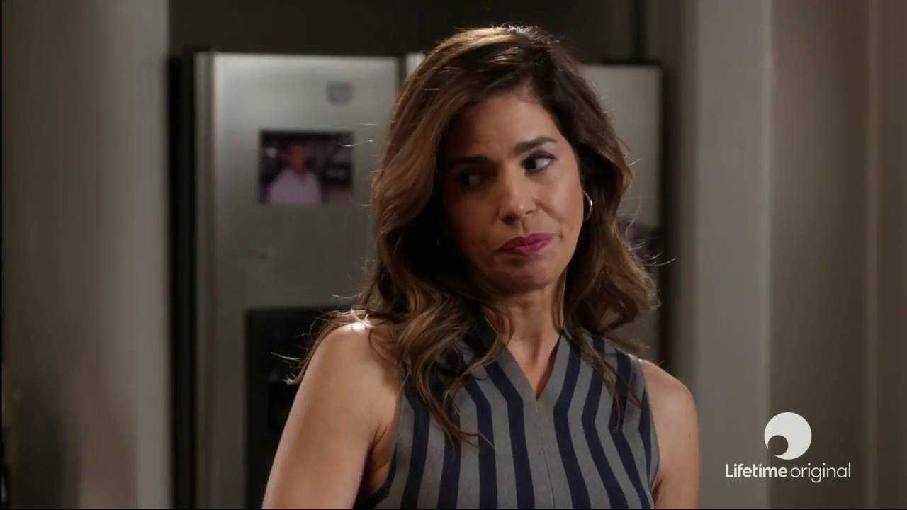 Download Devious Maids 4x07 Promo 'Blood, Sweat, and Smears' HD