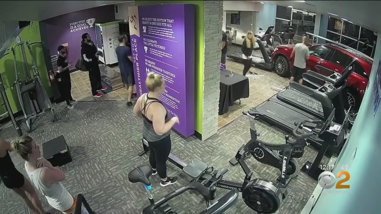 Car Crashes Into California Gym Hitting Man On Treadmill | Video