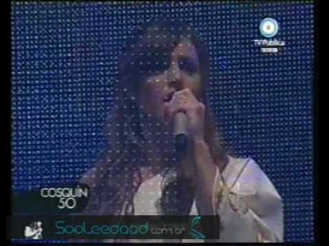 Himno Nacional Argentino - Soledad - Cosquin 2010