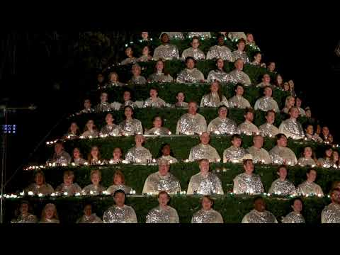 Singing Christmas Tree 2019, Belhaven University