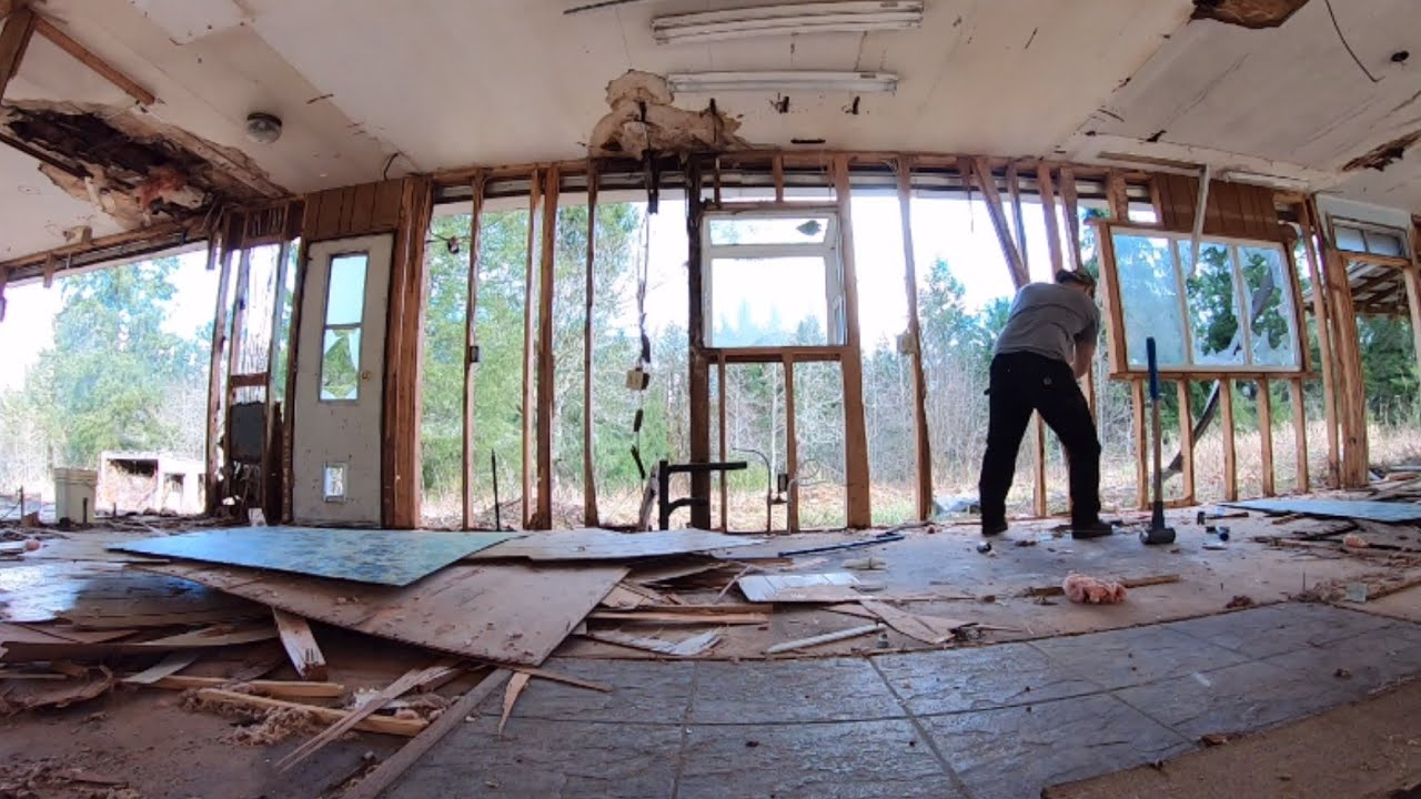 Tear Down Full TIME LAPSE of Mobile Home Demolition