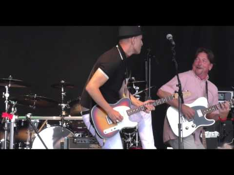 Cross Section - Hi Heel Sneakers (Live at The Rock & Horsepower Show 13/06/2015)