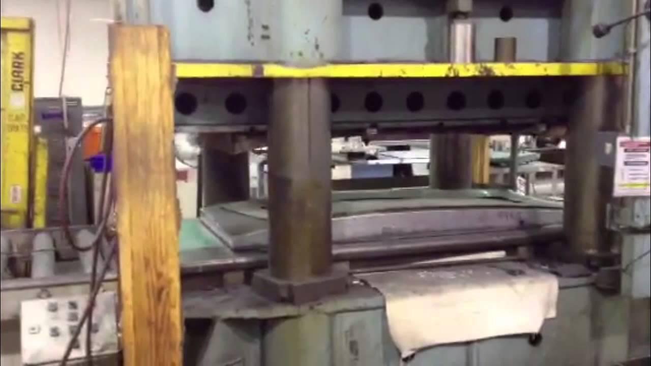 2,000 Ton KR Wilson 4 Post Hydraulic Press