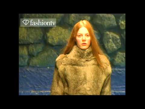 FLASHBACK: Veronique Branquinho Fall/Winter 1998-99 RTW Show | New York Fashion Week | FashionTV