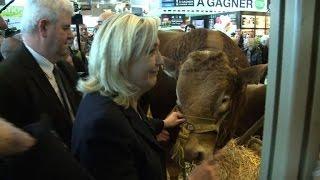 Marine Le Pen au Salon de l