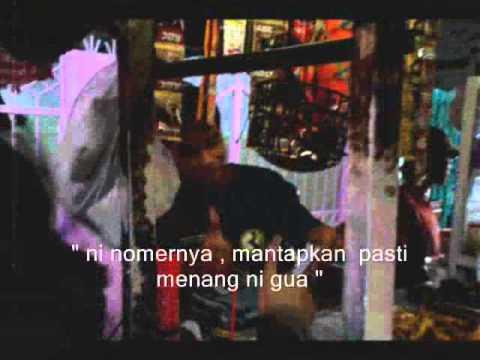 Naif - Uang ( slide show film takdir )