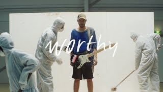 San Holo - worthy [Official Music Video]