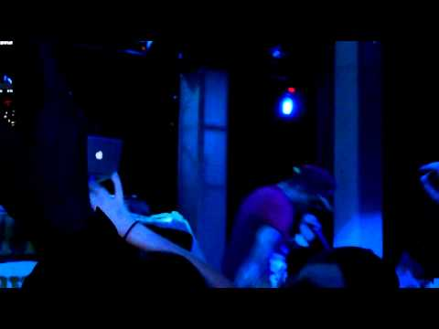 Cyhi Da Prince - Cold as Ice LIVE!!