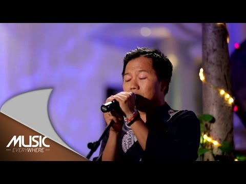 Shandy Sondoro - Cinta Yang Tulus (Live at Music Everywhere) *