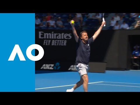 Legends Match With More Laughter Than Tennis (4R) | Australian Open 2019