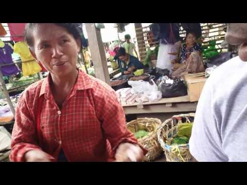 How friendly is Myanmar? Eating with the locals.....