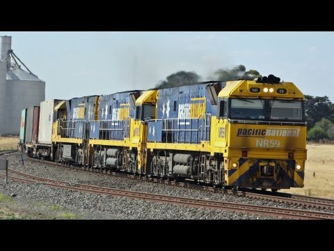 Perth to Melbourne freight train through Tatyoon - Australian Trains, Victoria