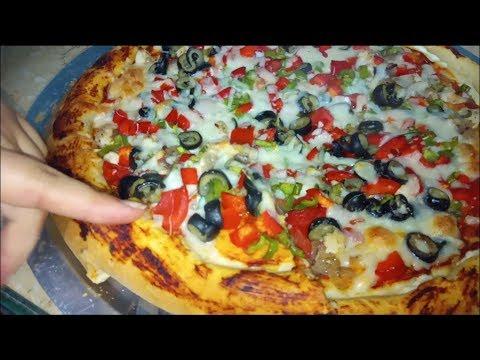 صورة  طريقة عمل البيتزا البيتزا بالفراخ اللى الكل بيعشقها اتعلميها فى 4 دقايق بس😍ملح و سكر طريقة عمل البيتزا بالفراخ من يوتيوب
