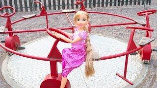 Мама Сердится, Рапунцель ЗАСНУЛА На Детской Площадке Кукла Катается На Качелях Играем #Какмама