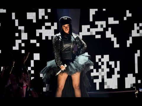 Cardi B & GEazy Medley  at Heart Radio Music Awards