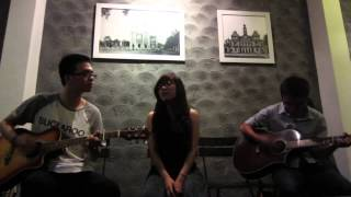 Tăng Trân - Amazing Girl's Vocal @ Offline Guitar of Guitarist Chip