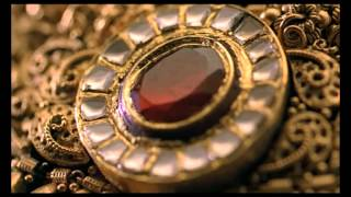 Antique jewelry by Waman Hari Pethe Sons