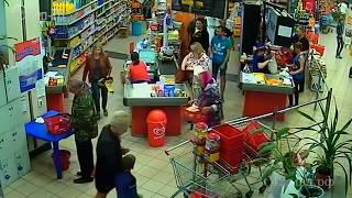Кража и грабеж в магазине