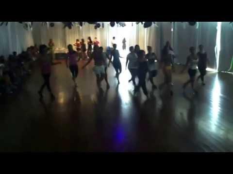 Dance com Thais Lima-Sensualizando no Zumba In Rio