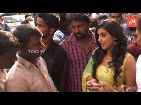 Ravi Teja's Nela Ticket Movie Heroine Selling Tickets at Sandhya Theater | YOYO TV Channel