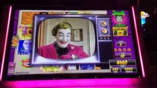 Batman and Robin Slot Machine - The Joker Is Wild Free Spin Bonus