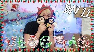 TATTOO AND CHRISTMAS GIFTS! (VLOGMAS DAY 22)