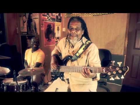 Devon Bradshaw Reggae Bass tips