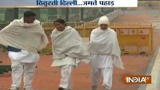 Delhi Experiences Winter Chill, Temperature Continues to Go Down