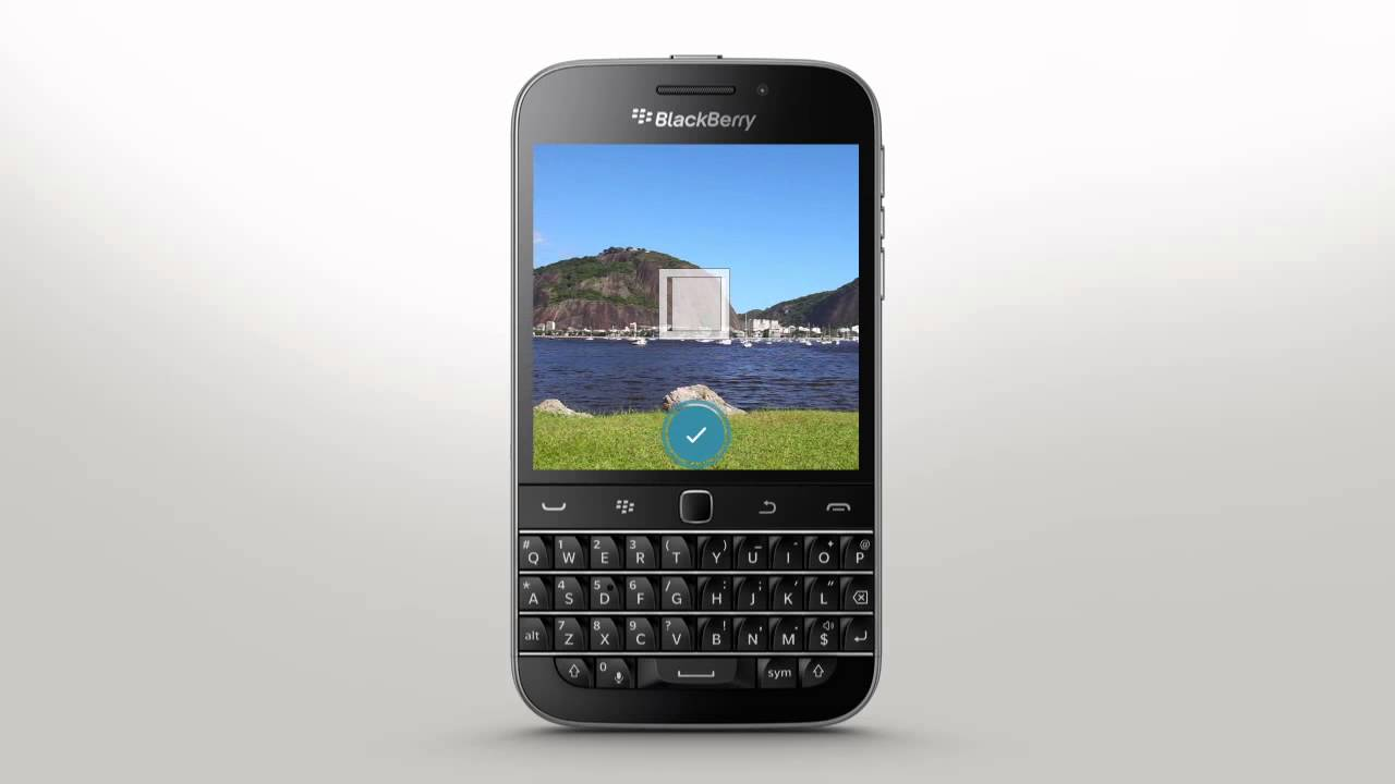 Taking Pictures: BlackBerry Classic - Official How To Demo