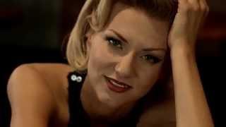 Ella Endlich - Liebeskummer lohnt sich doch (official video)