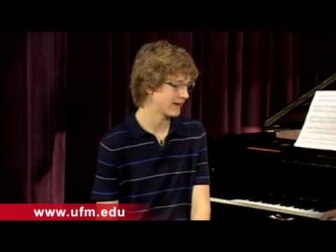Five Minutes with Jan Lisiecki, a Young Classical Pianist