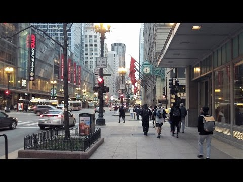 State Street in Downtown Chicago (March 23, 2017)