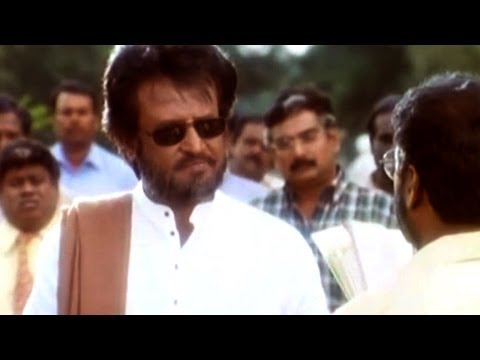 Narasimha Movie || Rajanikanth Saves his Family Action Scene