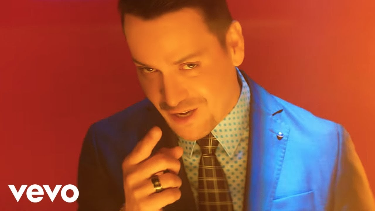 Victor Manuelle Ft. Yandel - Imaginar (Official Video)