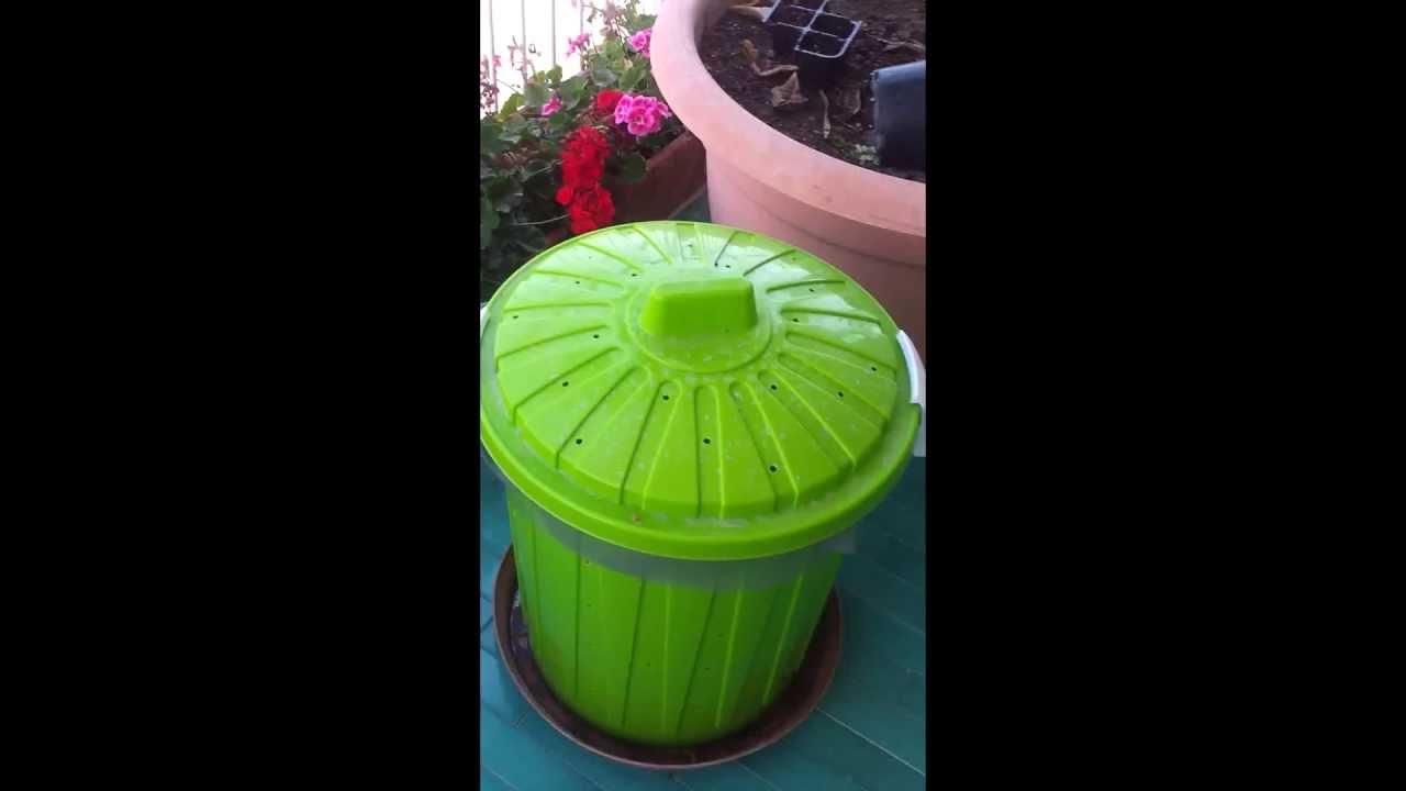 Costruire compostiera da balcone terrazzo youtube for Costruire compostiera