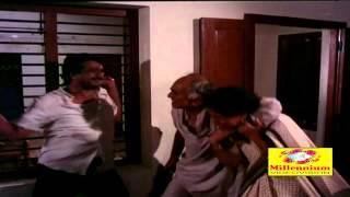 Nattuvishesham | Sreeraman & Prathapa Chandran Fight Scene