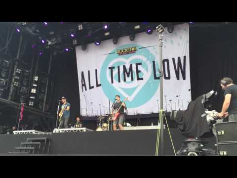 All Time Low - Dancing With A Wolf live @ Pinkpop