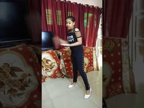 "Tanya Singh Dance On Song ""Jalebi Juda"""