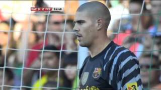 victor valdes save penalty in match racing vs fc barcelona 0 3
