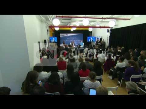 NY:CHELSEA CLINTON ANNOUNCES PREGNANCY