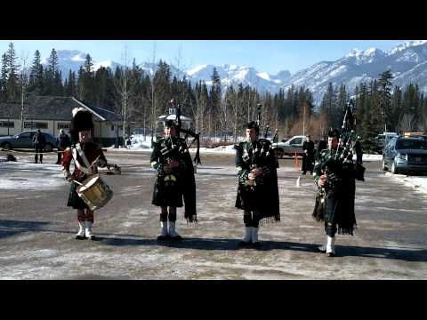 Canadian Bagpipes - Green hills of tyrol / When the battle is over