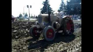 Fiera di Pilastri:aratura trattori antichi Landini e Orsi a testacalda