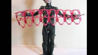 Edward Scissorhands Hot Toys Movie Masterpiece 1/6 Scale Collectible Figure Review