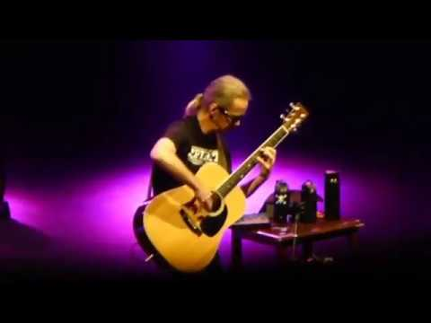 "Tim Reynolds - ""In Your Eyes"" (Peter Gabriel) - [Dave & Tim - 6/17/2017 - SPAC] - HQ"