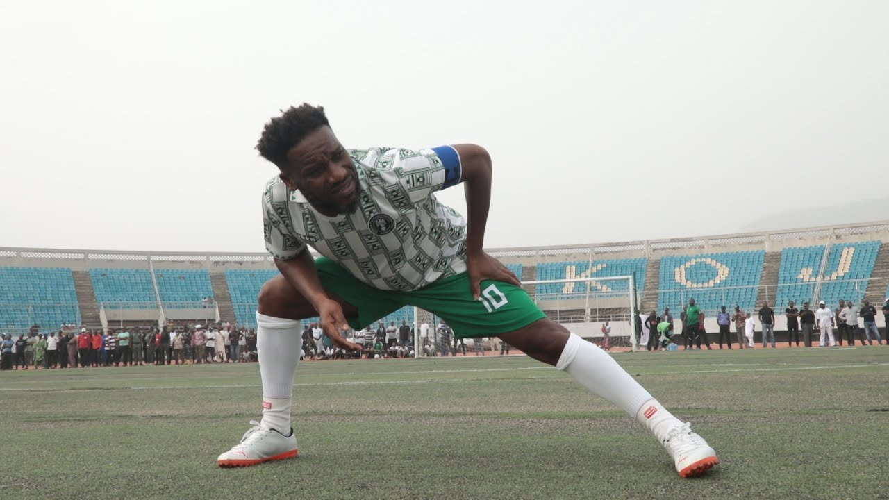 Download Jay jay Okocha,Kanu Show off Amazing Skills