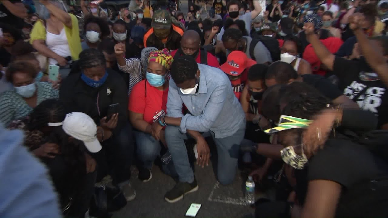 Jumaane Williams leads Brooklyn protest beyond curfew