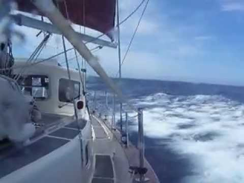 Fisher 34 Broad Reaching With Force 6