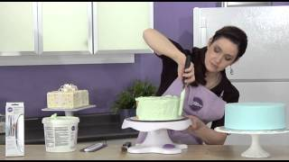 How to Frost a Cake Using an Icing Smoother